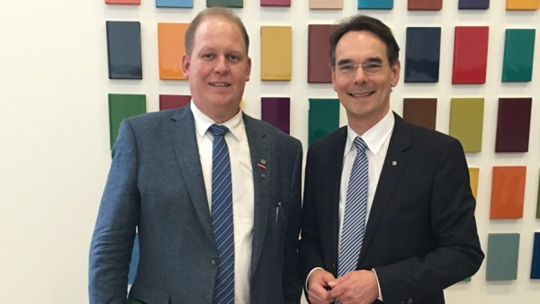 Ingbert Liebing, MdB hat Malermeister von Föhr als Praktikanten in Berlin