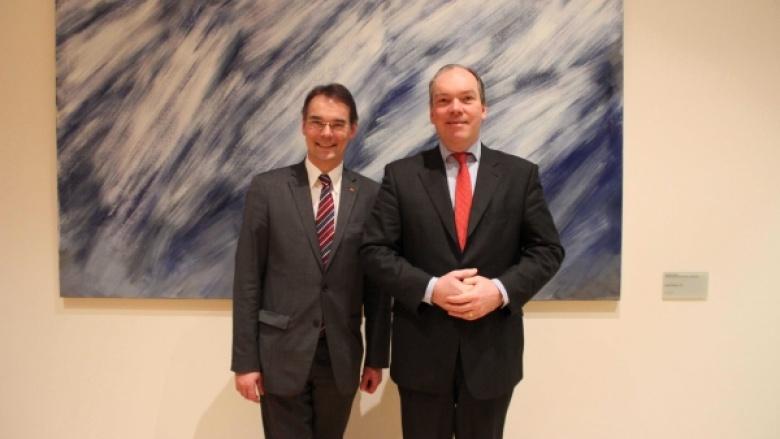 Ingbert Liebing, MdB mit seinem Nachfolger als Vorsitzender des AK Küste, Dr. Philipp Murmann, MdB